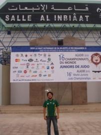 Fisioterapeuta durante o Campeonato Mundial de Judô no Marrocos
