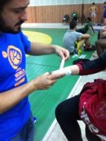 Bandagem de mão durante Campeonato Mundial de Wrestling